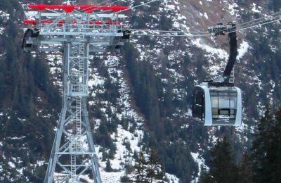 Bergbahn Oberlech in Betrieb (LIVECAM)